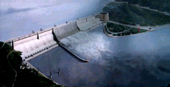 environmental impacts of large dams environmental sciences essay Currently there are around 40,000 large dams which abstract the world's rivers, completing changing their circulation system this is not going to occur without dire environmental impacts.