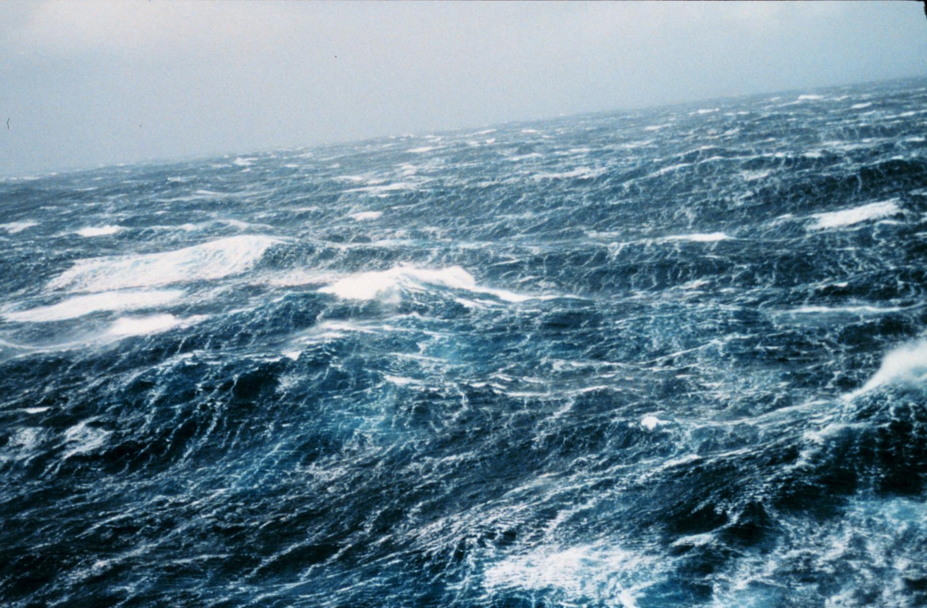 Sea Wave Beautiful Big Ocean Waves Wallpaper | WallpapersByte
